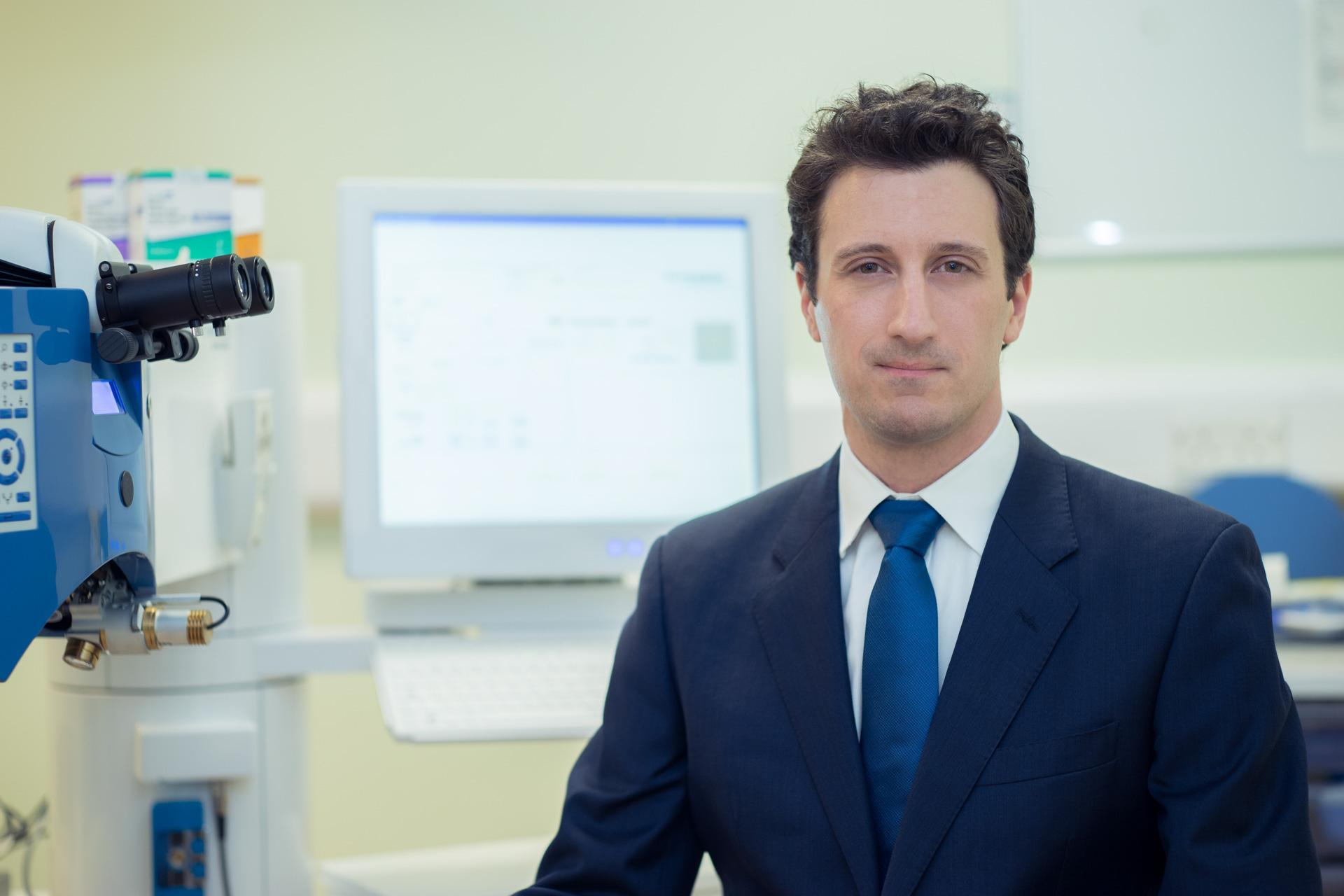 Daniel Gore Ophthalmologist at the laser